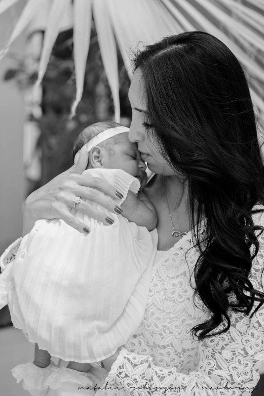 Farheen, Mihir and Bella newborn images-31