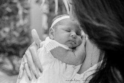 Farheen, Mihir and Bella newborn images-33