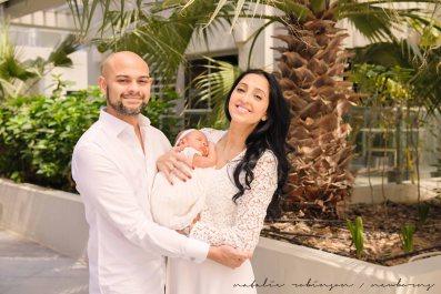 Farheen, Mihir and Bella newborn images-36