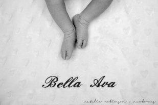 Farheen, Mihir and Bella newborn images-53