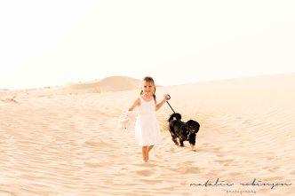 tina-luke-and-alexa-desert-images-16