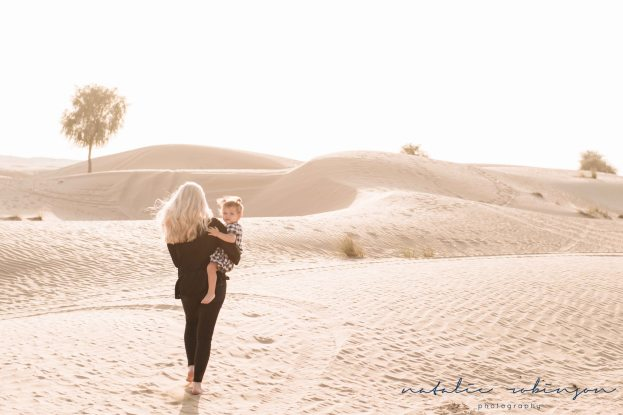holly-greg-lyla-and-sutton-desert-shoot-72