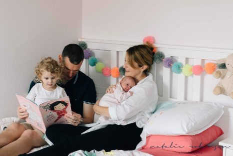 carly-alan-charlotte-and-imogen-newborn-100