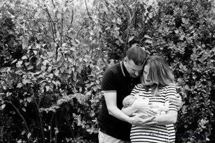 carly-alan-charlotte-and-imogen-newborn-11
