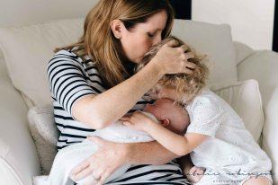 carly-alan-charlotte-and-imogen-newborn-190