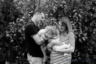 carly-alan-charlotte-and-imogen-newborn-21