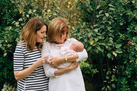 carly-alan-charlotte-and-imogen-newborn-42