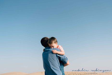Dubai desert family shoot-114