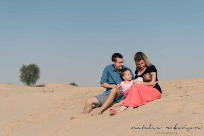 Dubai desert family shoot-212