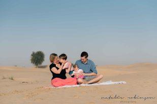 Dubai desert family shoot-54