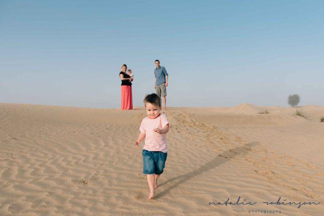 Dubai desert family shoot-6