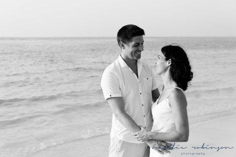 Dubai beach family photoshoot-38